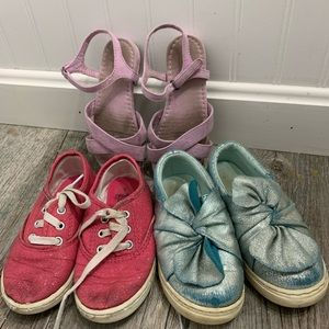 Play shoe bundle **free with bundle